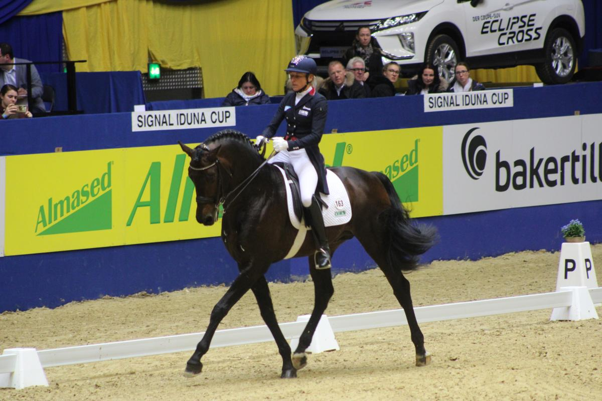 SIC: Ingrid Klimke gewinnt in Grand Prix de Dressage